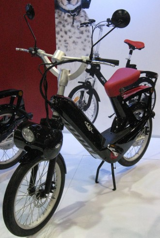 An electric bike which is more like a motor scooter
