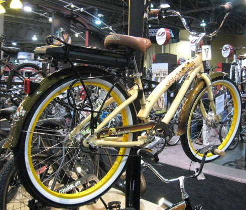 Lahaina electric bike, essentially a conventional bicycle with a motor in the front wheel and a battery on the rear rack.